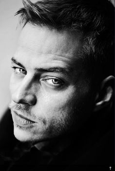 Tom Wlaschiha - He was the fine mysterious guy that help Arya on GoT