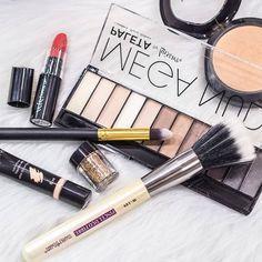 Como não amar? 😍😍😍  #makeup #instamakeup #cosmetic #cosmetics #TFLers #fashion #eyeshadow #lipstick #gloss #mascara #palettes #eyeliner #lip #lips #tar #concealer #foundation #powder #eyes #eyebrows #lashes #lash #glue #glitter #crease #primers #base #beauty #beautiful