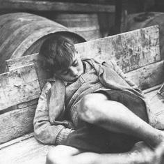 Η πείνα στις 1.264 ημέρες που διήρκησε η Γερμανική κατοχή στην Αθήνα τον 2ο Παγκόσμιο Πόλεμο.