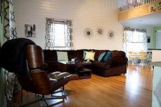 Mid Century Modern Decor, the chair pictured here has been offered here before...very nice, clean MCM look!