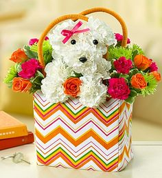 I love this flower arrangement. SO cute!!!!! a-DOG-able™ in a Tote