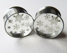 Snowflake Ear Plugs, Ear Tunnels, Winter Plugs, Glitter Plugs, Silver Christmas Gauges, Holiday Gifts, Winter Gauges 0g to 2 inch by HandmadeAt62 on Etsy https://www.etsy.com/listing/254612308/snowflake-ear-plugs-ear-tunnels-winter