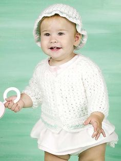 Free Crochet Rosebud Baby Set Pattern.