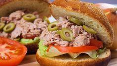 طريقة عمل سندويش التونة والزيتون الأخضر - Delicious #tuna and green #olives #sandwich #recipe