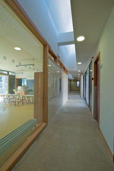 Primary school in Cheste, Spain by García Floquet Arquitectos.
