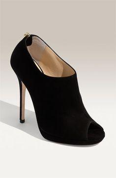 I love you Jimmy Choo black bootie heels Bootie Boots, Shoe Boots, Shoes Heels, Bootie Heels, Suede Booties, Black Booties, Ankle Boots, Pretty Shoes, Beautiful Shoes