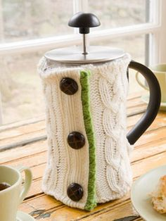 No one else at the office will have this #DIY French Press cozy. #sewing