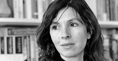 "The British memoirist and novelist Rachel Cusk ""skews the boundary between autobiography and fiction."""