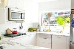 IKEA Kitchen of the Week: Small, Glam, and Smart — Organize the IKEA Way