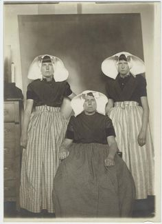 [Dutch women immigrants at Ellis Island, New York.]