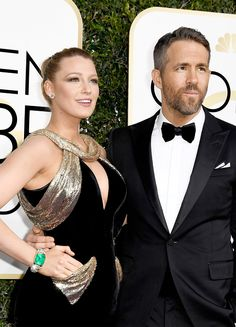 Ryan Reynolds and Blake Lively attend the 74th Annual Golden Globe Awards at The Beverly Hilton Hotel on January 8, 2017 in Beverly Hills, California.