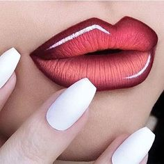 17 Awesome Lips Designs