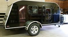 A gallery of the many Retro Ride teardrop campers and teardrop trailers we have custom built for our customers all around the nation.