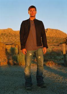 Jensen Ackles  as Dean  Winchester | Season 1 Promo