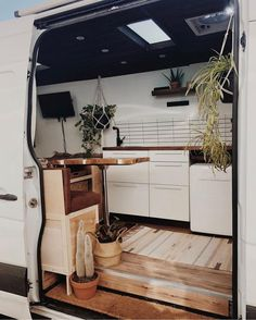 Feels like a fine desert oasis in this Sprinter that was just built by ————— ? Show off your Sprinter Van! Tag… Feels like a fine desert oasis in this Sprinter that was just built by ————— ? Show off your Sprinter Van! Sprinter Van Conversion, Camper Van Conversion Diy, Van Conversion Cabinets, Van Conversion Walls, Ford Transit Conversion, Van Conversion Interior, Diy Camper, Camper Life, Rv Campers
