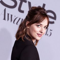 Dakota instyle awards-#Queen of the red carpet