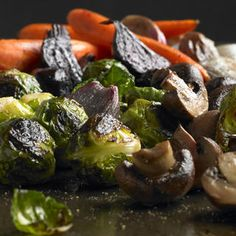 Pot Luck Roast http://www.prevention.com/food/healthy-recipes/healthy-brussels-sprouts-recipes/pot-luck-roast