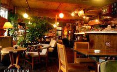 11. CAFE KOCSI / カフェ コチ 記事詳細を見る Photo_s 出典:http://milk00.jugem.jp/?eid=218 京都カフェ通なら必ず知っている人気のレトロ系カフェ。 読書が進む、パンがおいしい、雰囲気がとても良い。時間が過ぎるのを思わず忘れてしまう空間づくりが印象的。