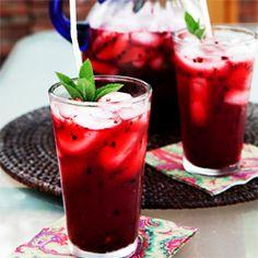Blackberry Mint Lemonade ... I love blackberries, and lemonade, and mint.