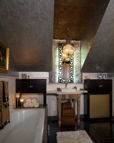 """2010 RSOL Designer House, """"Rothesay on the James"""" ... The Gentleman's Bathroom designed by Carmela Wengraitis of Kitchens Etc. ... painting and wallpapering by Barden's Decorating."""