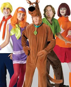 2d429f96ab8 10 Easy Group Costume Ideas for You and Your Friends