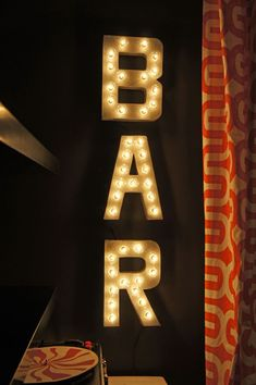 Fun tutorial for making a light-up sign (could be cool for the basement) #InteriorDesignIdeas