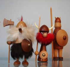Go to these guys charted wood turning techniques Wood Turning Projects, Wooden Projects, Wood Crafts, Viking Christmas, Wood Carving For Beginners, Wood Vase, Troll Dolls, Scandinavian Christmas, Nature Crafts