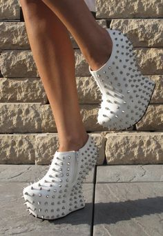 White sculpted wedge ankle boots with studs #studded #boots #wedge www.loveitsomuch.com