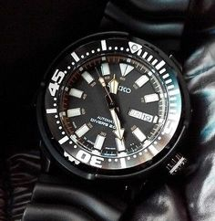 Seiko SRP231J1 Made in Japan Baby Tuna 200m Diver's watch