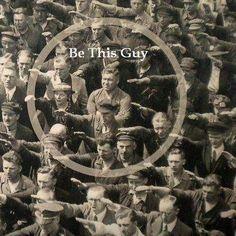 Ampliación de la famosa fotografía en la que se ve a un trabajador portuario solitario se niega a levantar la mano en el saludo nazi en 1936. August Landmesser era un trabajador en el astillero Blohm + Voss en Hamburgo, Alemania, y es conocido por su aparición en una fotografía en la que se niega a realizar el saludo nazi en la botadura del buque Horst Wessel el 13 de junio 1936.