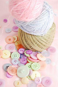 pastel colours - buttons and threads Soft Colors, Pastel Colors, Colours, Button Art, Button Crafts, Deco Pastel, Pastel Palette, Pastel Shades, Pretty Pastel