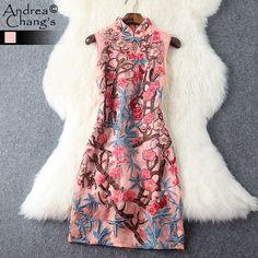 Купить Весна лето взлетно посадочной полосы дизайнер женские платья высокое качество цветочной вышивкой платье из органзы синий розовый старинные событие тонкий платьеи другие товары категории Платьяв магазине Andrea Chang's storeнаAliExpress. платье jp и одеваются принцессы платье