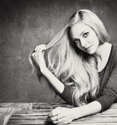 amanda seyfried and blonde Bild