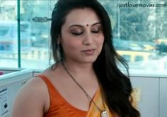 http://ijustlovemovies.com/wp-content/uploads/2015/05/Rani-Mukherjee-hot-saree-300x211.jpg