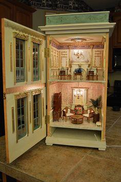 Eric Lansdown House by Ken Haseltine Regent Miniatures (interior pic 2/2 - beautiful!)