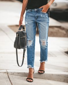 Casual Pockets Solid Pants - Casual Pockets Solid Pants Source by - Ripped Mom Jeans, Jeans Boyfriend, Jeans Denim, Casual Jeans, Slim Jeans, Boyfriend Jeans Outfit Summer, Distressed Jeans Outfit, Womens Distressed Jeans, Girlfriend Jeans