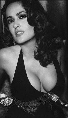 10 Celebrities Without Makeup Beautiful Celebrities, Beautiful Actresses, Gorgeous Women, Salma Hayek Body, Salma Hayek Pictures, Selma Hayek, Porno, Hollywood Stars, Woman Crush