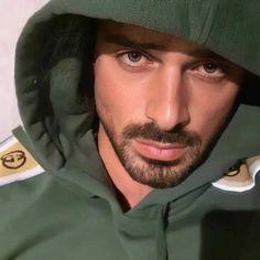 Handsome Arab Men, Handsome Actors, Dream Guy, Girls Dream, Alone Man, Netflix, Latin Men, Beard Model, 365days
