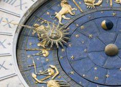 Love, Romance & Zodiac Sign Compatibility divination for Leo woman and Aquarius man Aquarius Men Love, Aquarius Characteristics, Tarot, Compatible Zodiac Signs, Leo Women, Signs Compatibility, Man In Love, Romance, Dios
