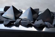 Shungite Properties for EMF Protection