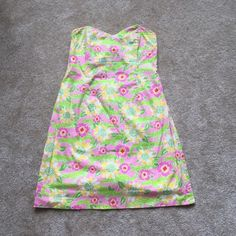 Size 10 White Tag Lilly Pulitzer Dress With a pink and green alligator print, size 10 white tag- GUC!! Lilly Pulitzer Dresses Midi
