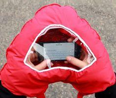 Tahka Gloves With Smartphone Window