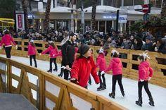 A #MilanoMarittima è stata inaugurata la rotonda di ghiaccio più grande e più #glamour di #Europa, con la partecipazione di @ValeriaMariniVM   #Christmas 2015 #MiMaonice #iceworld #winterwonderland #stunning #showwoman #iceskating #family #kids #somuchfun