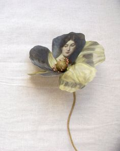 Fabric flower printed with Rijksmuseum painting 'Portrait of a lady' by Marie Wandscheer by Puur Anders Print things on fabroc to make flowers-flowers with insects drawn on Textile Jewelry, Textile Art, Jewelry Art, Silver Jewelry, Collages, Collage Art, Fabric Flowers, Paper Flowers, Johann Wolfgang Von Goethe