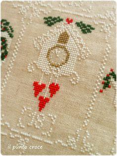 Shabby Advent Calendar 18 Cuore e Batticuore - il punto croce