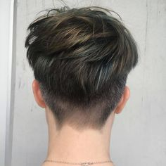 Exactly 3 shades of grey (the other 47 were not invited). Slowly removing years of dark on the path to silver. Ftm Haircuts, Tomboy Hairstyles, Grey Hair Color Men, Curly Hair Men, Curly Hair Styles, Short Hair Trends, Mens Hair Trends, Androgynous Hair, Gents Hair Style