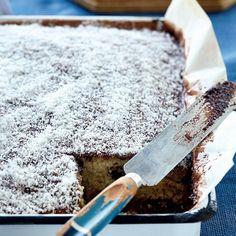 Ystervarkieplaatkoek Cupcake Recipes, Baking Recipes, Dessert Recipes, Desserts, Yummy Recipes, Recipies, Yummy Treats, Sweet Treats, Yummy Food