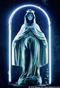 Virgin Mary with a neon halo Neon Light, Light Art, Religious Icons, Religious Art, Madonna, Neon Noir, Religion, American Gods, American Gothic