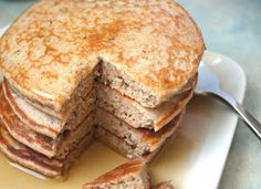 Eating Well, while Gluten Free: Banana Protein Pancakes