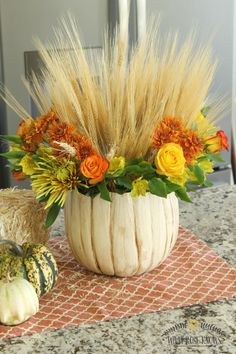 Check out this stunning DIY Rustic Pumpkin Vase that anyone can do! So pretty for fall, Halloween, and Thanksgiving!!